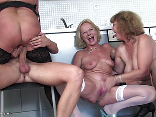 Greedy MOMS blow and penetrate one successful Son