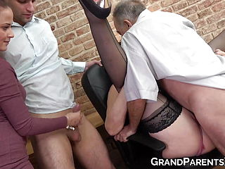 Nubile masturbates her paramour off while they witness seniors pummel rock hard