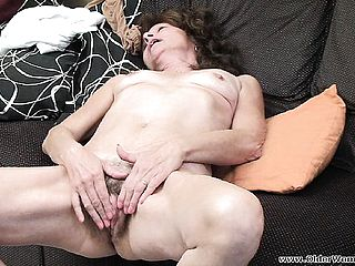 Sugary mature gal Vikki satiates her needy beaver with her frigs