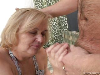 Old bitch gets her twat fucked by some horny fucker