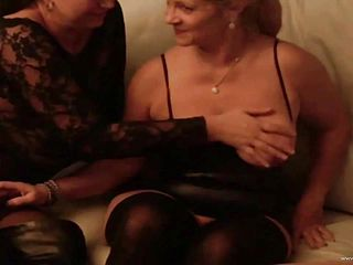 Mature ladies have a threesome with a lucky stud