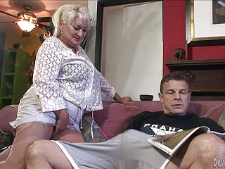 Rough sex with the horny mature blonde Dana Hayes