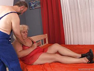 Rough sex with the mature BBW blonde Adriana