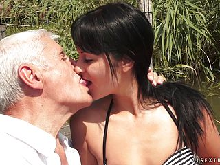 Bella Beretta was amazed by big grannys job when he gave her a hard fuck