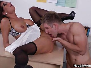 Mature with scorching meaty mounds taking part in gonzo porno in office