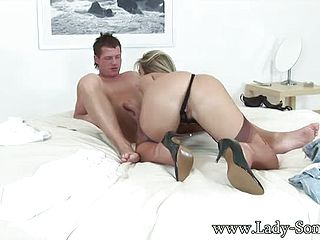 Provocative unhaven mature girl making stud blessed by providing an incredible hj