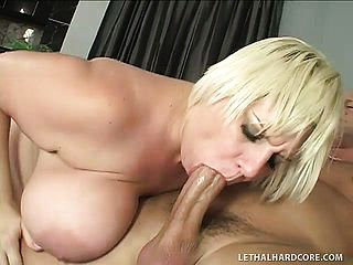 Ample ash blonde nymphomaniac with huge melons gets banged sideways