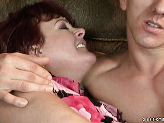 Dark haired grannie makes out and they trade some head on the bed