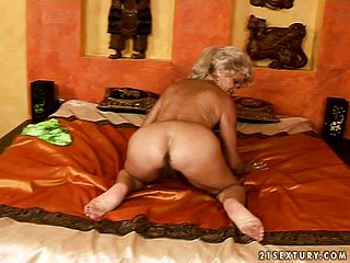 Towheaded grandma stretches her gams and get ravaged with a rigid man meat