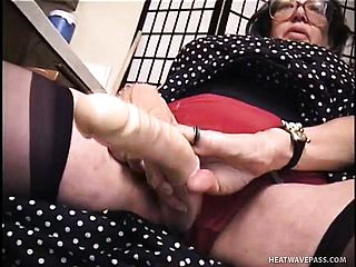 Big Berthas mature cunt gets ultra kinky and shes got her trusty rubber fuck stick comfortable