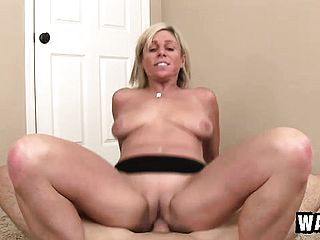 Naughty blondie cougar Payton Hall has a youthful dude toughly plowing her cunny
