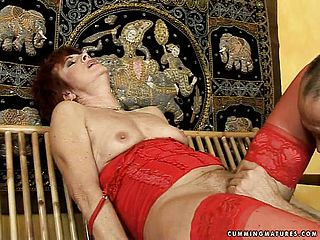 Ginger haired mature nymph in tights Dike revels breath taking elation