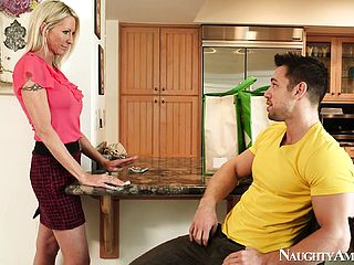 Marvelous mummy Emma Starr is prepared to sate someone torn and well-endowed