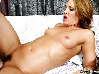 Inari Vachs enjoys to get plumbed until her gams jiggle furiously