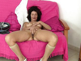 Unshod grannie Emanuelle likes to showcase you her cock squeezing vag