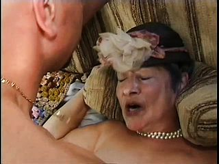 Meaty grandmother with a unshaved cunny gets penetrated sack deep on the bed